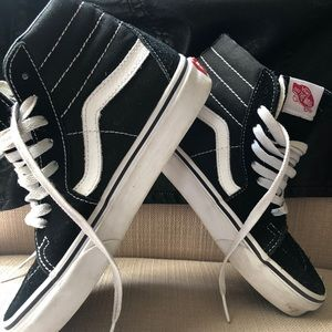 Vans Sk8 Hi tops. black and white size 5 women's.